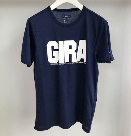 giraのtシャツ