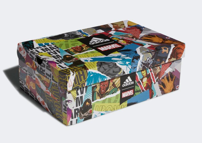 マーベルとコラボしたバッシュの箱