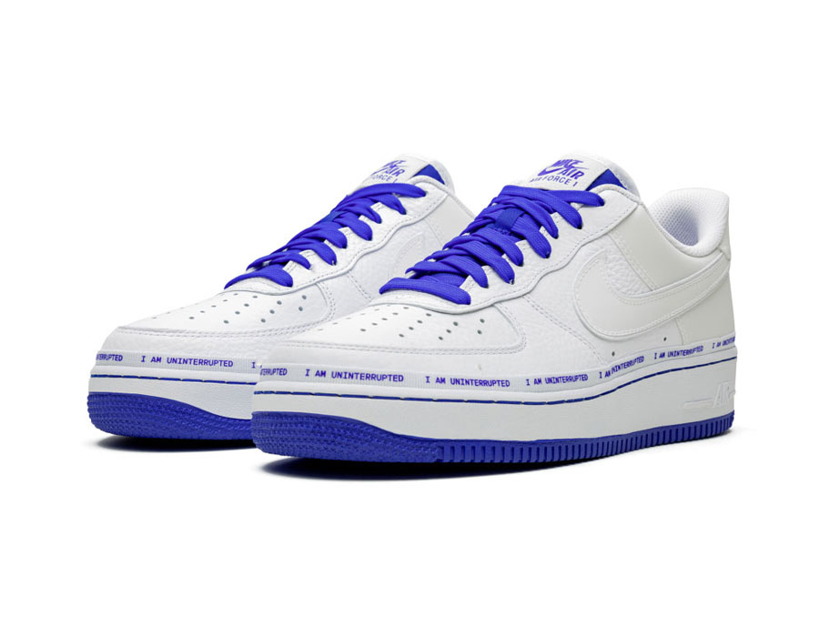 UNINTERRUPTEのairforce1